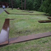 Zdj. nr 16;Po ekshumacji szczątki pomordowanych.