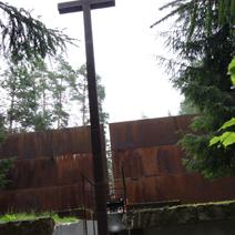 Zdj. nr 29;Krzyż - zagłębiony dzwon
