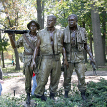Zdj. nr 95;Pomnik żołnierzy walczących w Wietnamie