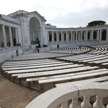 Zdj. nr 1;Amfiteatr cmentarza w Arlington USA