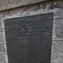 Zdj. nr 33;Pomnik poległym w latach 1915-1920 Puławy
