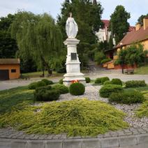 Zdj. nr 7;Figura w Klementowicach