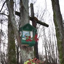 Zdj. nr 28;Kapliczka w Kazimierzu -wąwozy