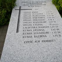 Zdj. nr 10;Pomnik rozstrzelanych w Mszadli