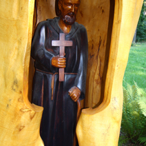 Zdj. nr 18;Kapliczka Św. Jana Gwalberta w Nadleśnictwie Janów Lubelski