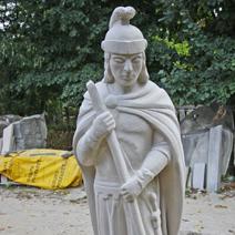 Zdj. nr 214;Rzeźba Św. Jerzego Jana Pastuszka w piaskowcu Biłgorajskim
