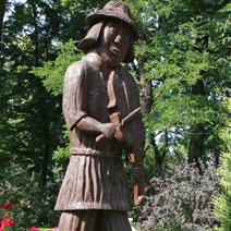 Zdj. nr 155;Rzeźba Janka Muzykanta w Woli Okrzewskiej