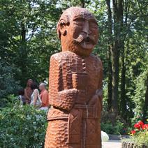 Zdj. nr 156;Rzeźba Onufrego Zagłoby w Woli Okrzewskiej