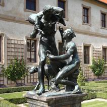 Zdj. nr 231;Rzeźba w ogrodzie Waldsteina w Pradze.