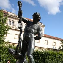 Zdj. nr 232;Rzeźba w ogrodzie Waldsteina w Pradze.