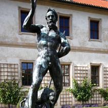 Zdj. nr 230;Rzeźba w ogrodzie Waldsteina w Pradze.