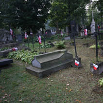 Zdj. nr 33;Groby żołnierzy