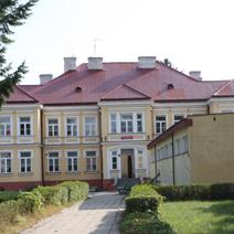 Zdj. nr 4;Obecnie szkoła.