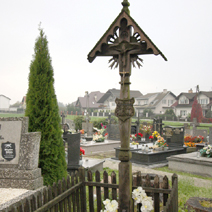 Zdj. nr 14;Symboliczny grób Boryny w Lipcach Reymontowskich