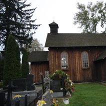 Zdj. nr 17;Kościół i cmentarz w Lipcach Reymontowskich