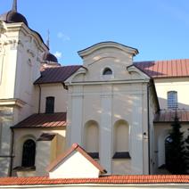 Zdj. nr 2;Kościół parafialny od strony południowej