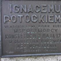 Zdj. nr 63;Tablica pamiątkowa w Kurowie