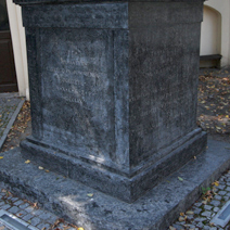 Zdj. nr 68;Pomnik Franciszka Dionizego w Końskowoli