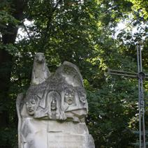 Zdj. nr 85;Pomnik poświęcony pomordowanym przez hitlerowców w latach 1939-44 w Dołhobyczowie