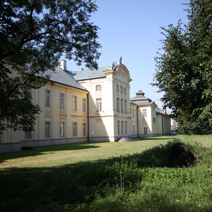 Zdj. nr 7;Północna strona pałacu