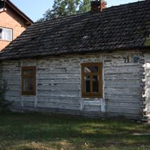 Zdj. nr 51;Dom w Momotach Dolnych